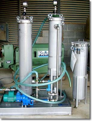 filtration-huile-apres-decantation